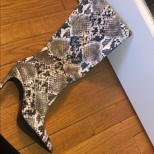 Snake Skin Heel boots